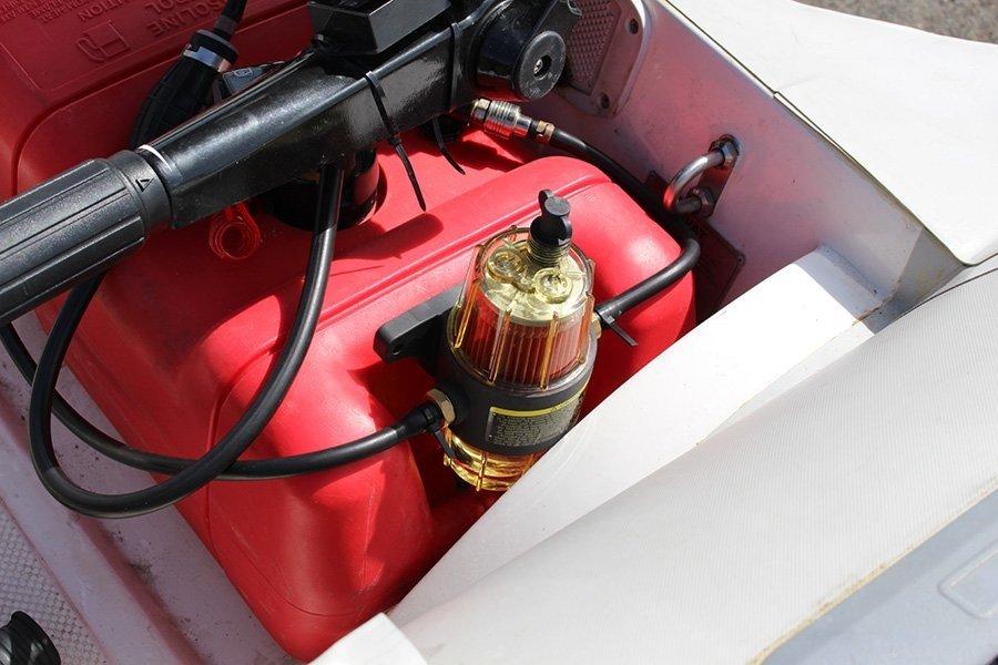 самодельный топливный сосуд на лодку