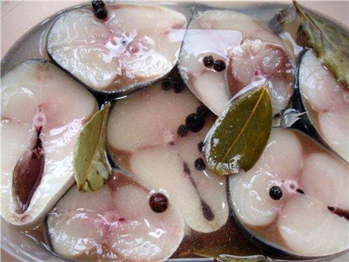 Маринованная рыба в домашних условиях быстро