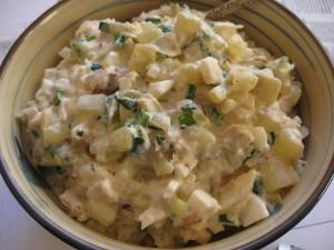 s_chem_podavat_salat