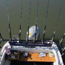 Подбираем удилище для ловли с лодки